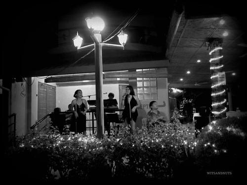 Supply of good music every night at Lost Horizon Hotel, Alona Beach, Bohol