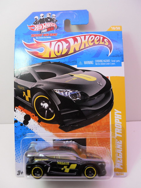 hot wheels megane trophy (1)