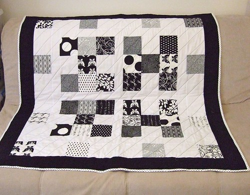 quilt - black and white