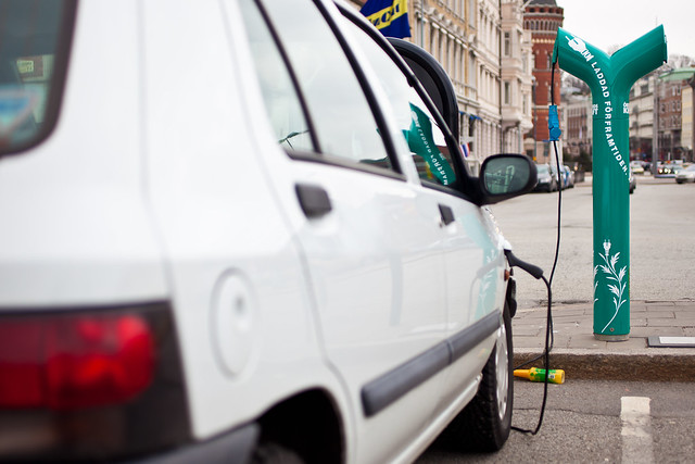 Electric car refueling