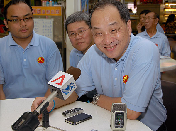 Low Thia Khiang (picture via The Online Citizen)