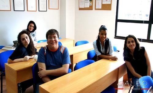 Los alumnos de Lengua Española de GALEO un viernes.