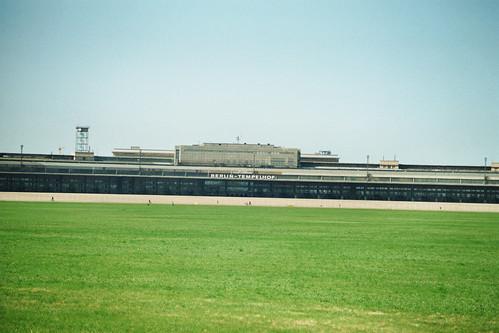 Tempelhof Flughafen et sa grandeur