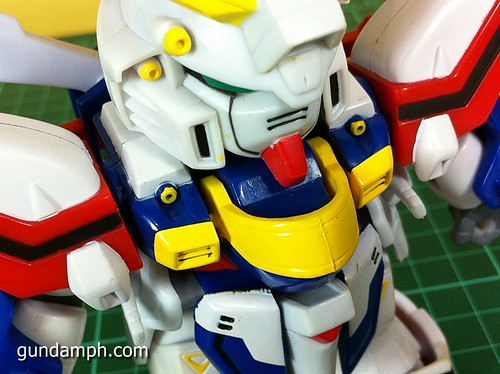 SD Archive God Gundam (16) Out Of Box Review