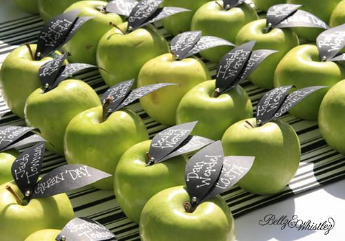 bellzandwhistlez_vintage_apple1