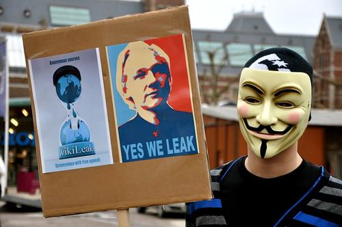 Amsterdam Wikileaks rally 12