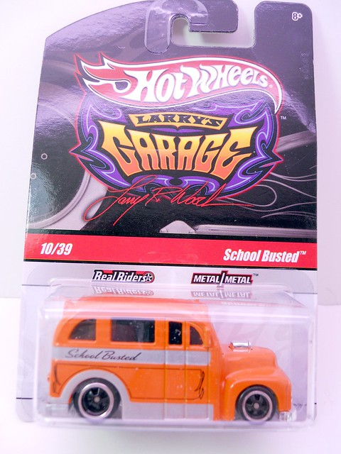 hot wheels larrys garage school busted orange (1)