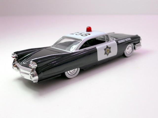 jada toys heat '59 cadillac el dorado police 2 (4)