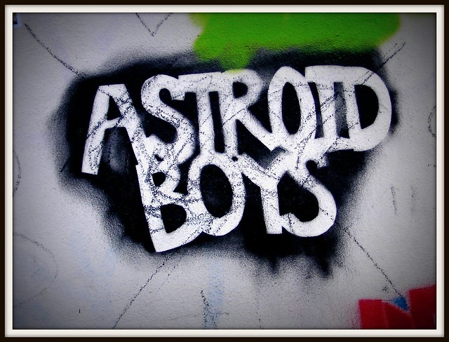 Wintry graffiti in Roath, Cardiff. Astroid Boys
