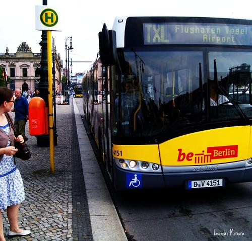 TXL é a linha que liga a Alexanderplatz ao aeroporto Tegel, em menos de meia hora