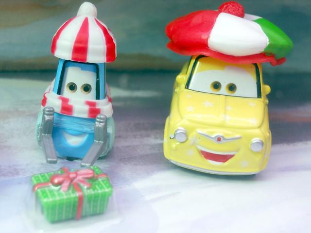 Mater saves christmas story tellers, luigi,guido fillmore,hotshot lightning mcqueen ramone target set (3)