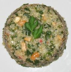 Quinoa stir-fry with kale & cashews