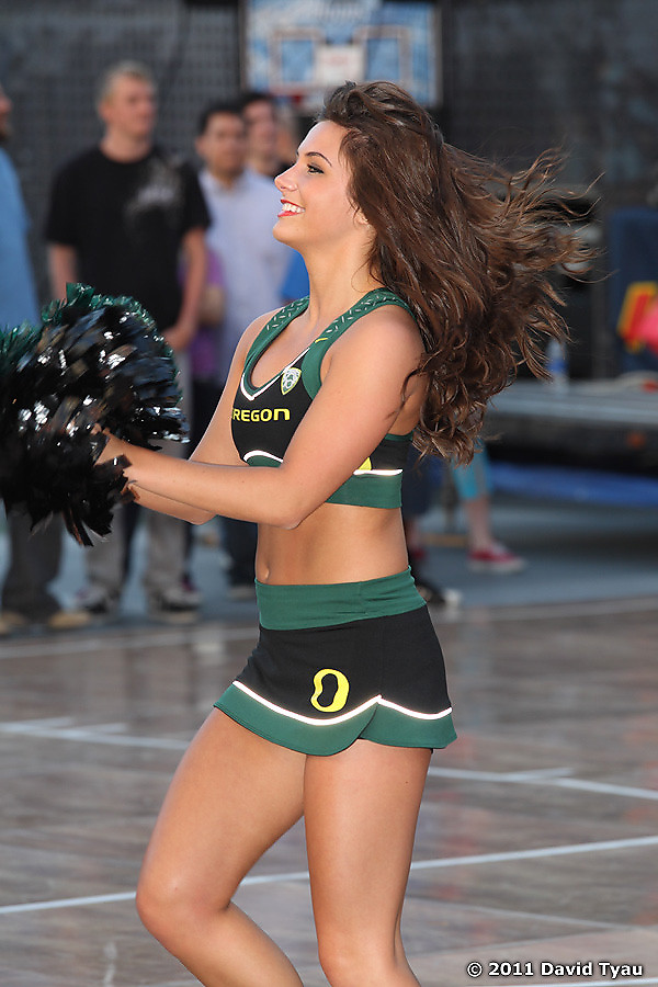 Oregon Cheer 011