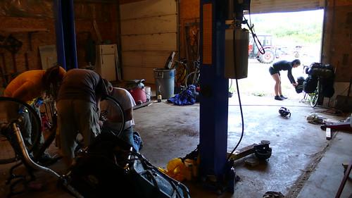 Fixing Andi's spokes