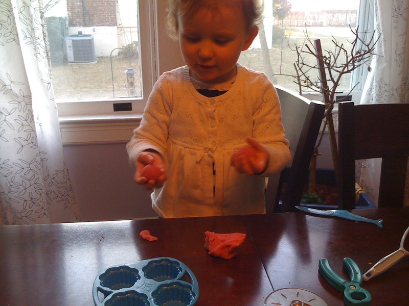 Play-doh with the girl