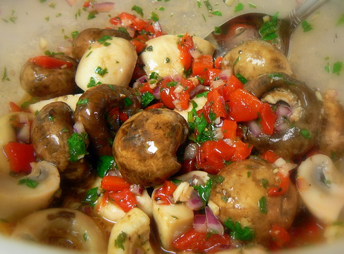 Marinated Mushrooms (3/4)