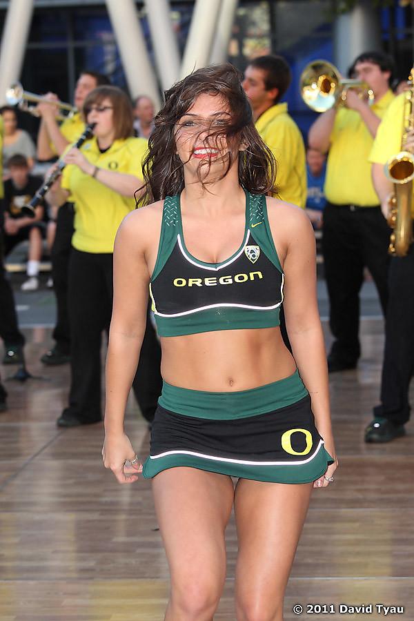 Oregon Cheer 010