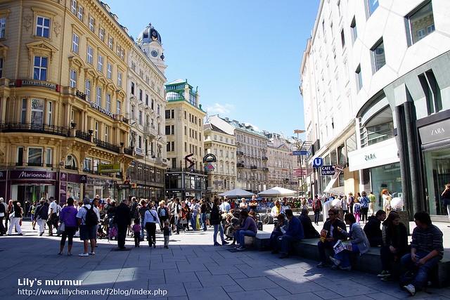 維也納的格拉本大街,當天人潮更多了。