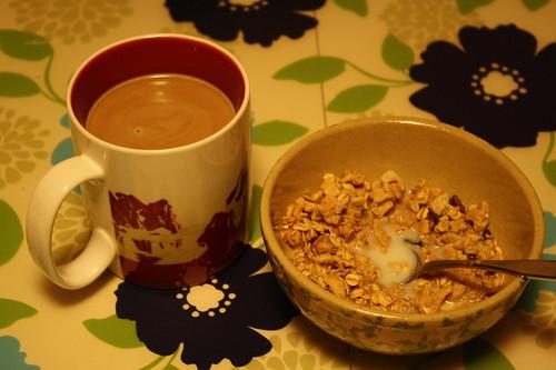 coffee, Kashi go crisp toasted berry crumble