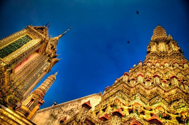 Wat Arun from the bottom.