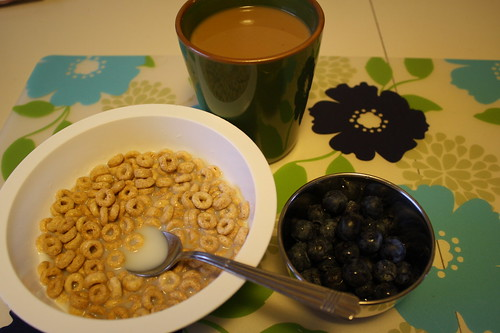 cereal, blueberries, coffee
