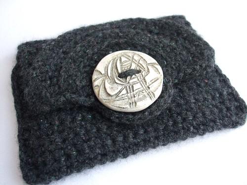 Crochet wallet with Art Nouveau style button