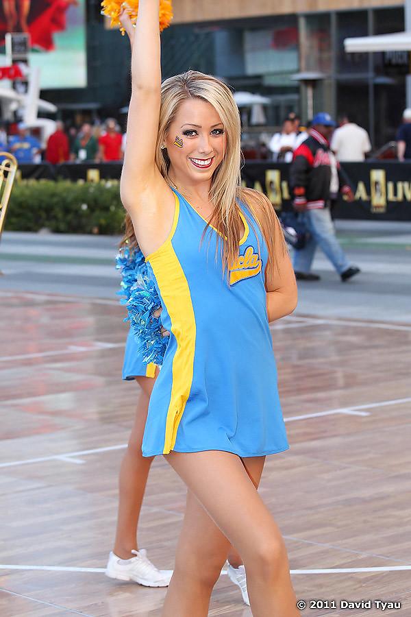 UCLA Dance Team 002