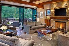 Luxury Penthouse rental in downtown Telluride ...