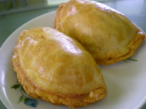 Loke Ming Yuen curry puffs 1
