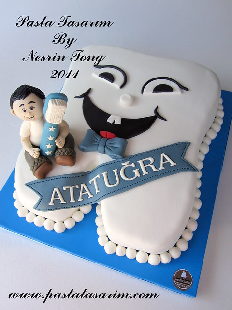 MY FIRST TOOTH CAKE ( ATATUGRA PARTY)