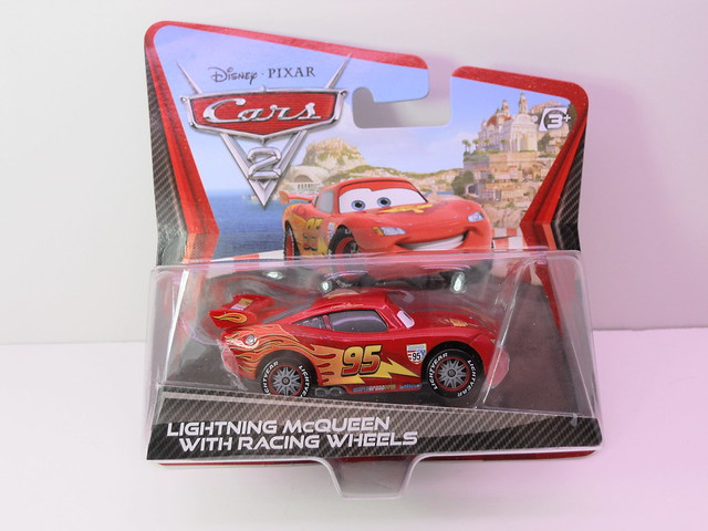 disney cars 2  lightning mcqueen with racing wheels (2)