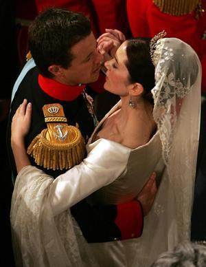 princess-mary-denmark-royal-wedding-royal-family-m