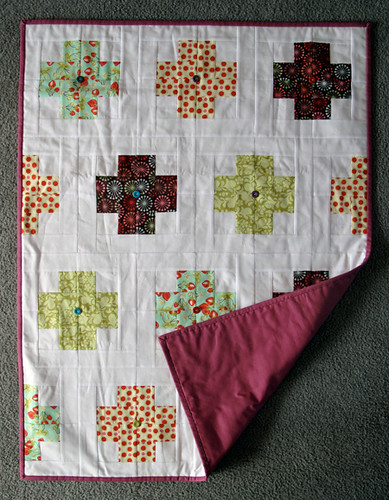 Modern Crosses Quilt for Bobbin's Nest