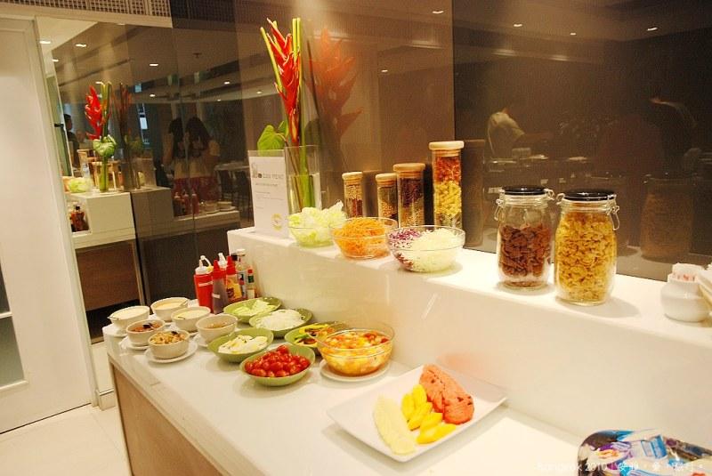 《曼谷飯店推薦》Phachara Suites Sukhumvit 素坤逸帕查拉套房飯店,那那捷運站酒店(餐飲篇)