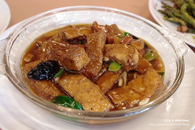 鐵板豆腐,喜歡吃豆腐的可點這道,也是必嚐佳作之一。
