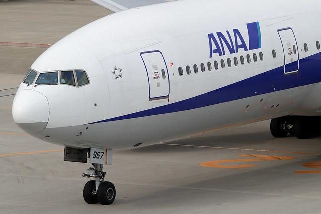 ANA B777-200(JA8967)