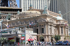 vegas paris