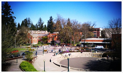 Last day in beautiful Eugene and it's finally sunny