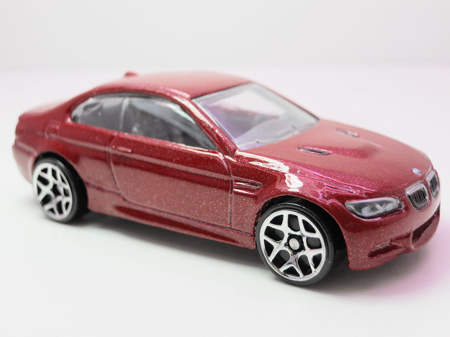 hot wheels '10 bmw m3 maroon (2)