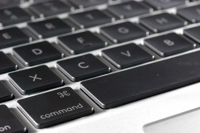 刻意買香港版的就是為了這套鍵盤啊!
