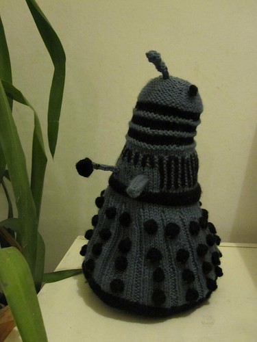 Knitted Dalek
