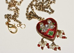 Red Minakari Heart and Antiqued Gold Necklace (DJAjewels) Tags: red necklace heart jewelry pendant antiquedgold minakari