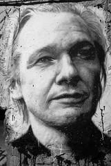 Julian Assange . Wikileaks