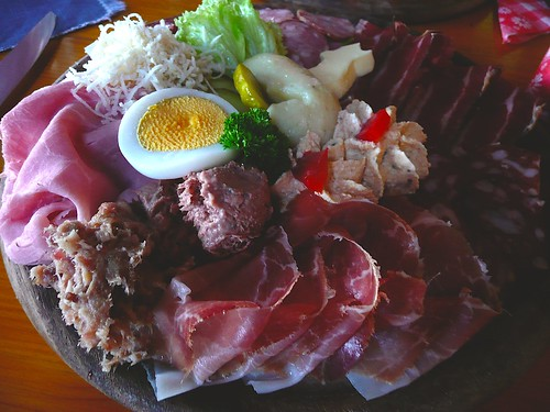Cold meats platter