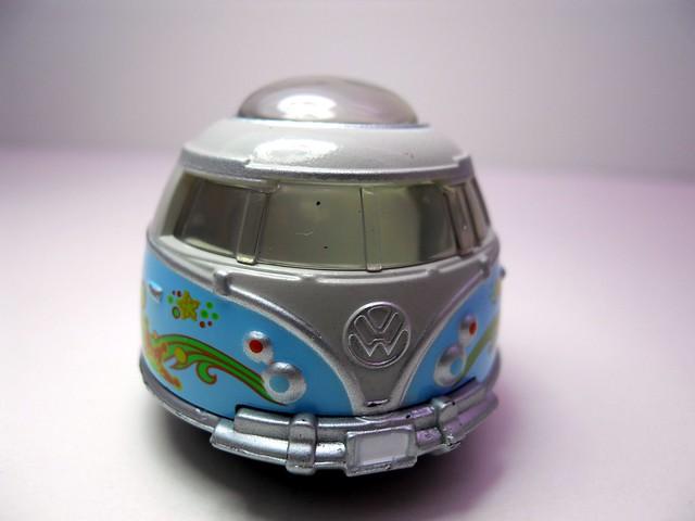 Planet 51 Glar's van & Milk Truck (4)