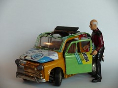 Tin Fiat 500 and Captain Picard