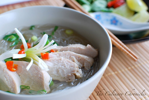 Miến Gà (Vietnamese Chicken Glass Noodle Soup)