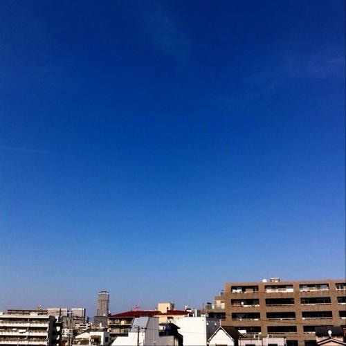 お昼すぎー! 今日の大阪、イイ天気~♪ #afternoon #Osaka #blue_sky #sky