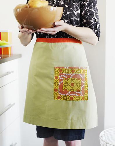 block pocket apron