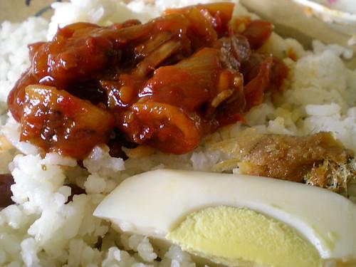 Bandong's nasi lemak sambal sotong